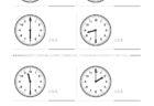 ここでは、小学1年生の算数単元「おおきさくらべ・とけい4」の問題を紹介しています。苦手な子が多い、時刻の読み方を求めていきます。針の位置による数値の読み方と時間の基礎を反復学習していきます。