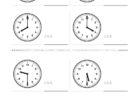 ここでは、小学1年生の算数単元「おおきさくらべ・とけい9」の問題を紹介しています。苦手な子が多い、時刻の読み方を求めていきます。針の位置による数値の読み方と時間の基礎を反復学習していきます。