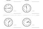 ここでは、小学1年生の算数単元「おおきさくらべ・とけい12」の問題を紹介しています。苦手な子が多い、時刻の読み方を求めていきます。針の位置による数値の読み方と時間の基礎を反復学習していきます。
